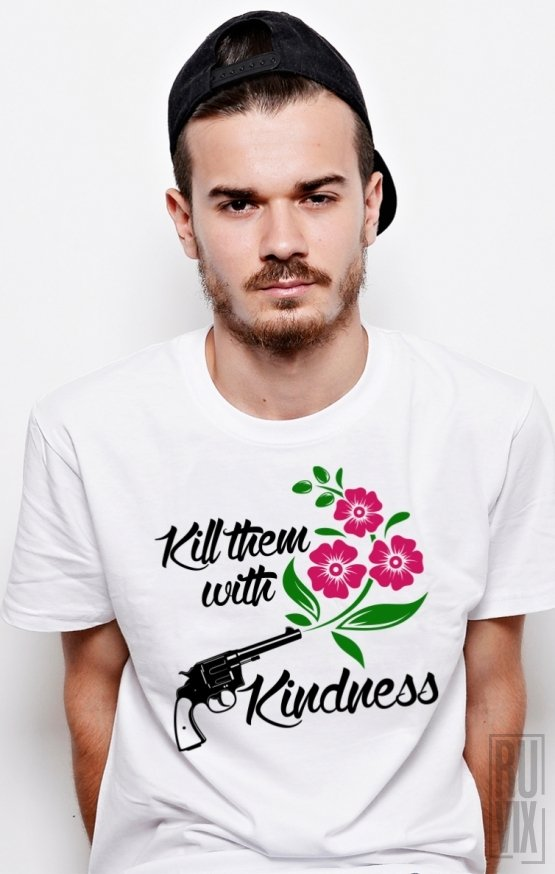 Tricou With Kindness