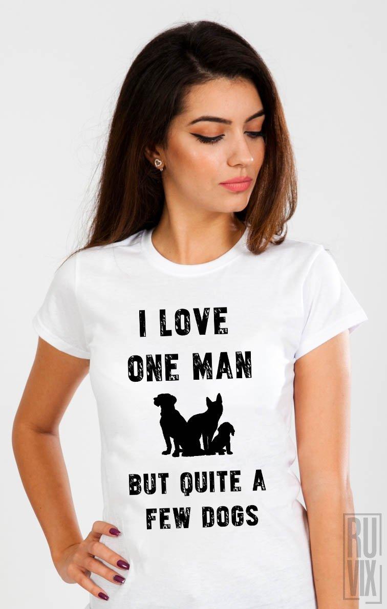 Tricou I Love Few Dogs